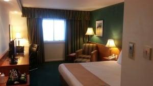Holiday Inn Heathrow review, points & photos!