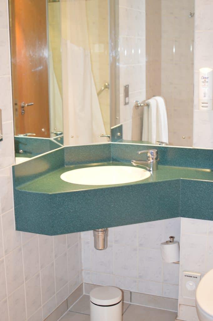 Holiday Inn Heathrow London hotel review MuslimTravelGirl