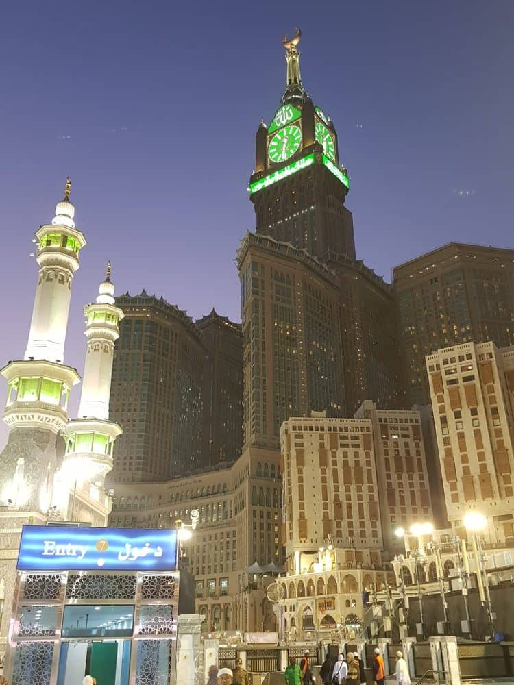 The best time to book your Umrah 1resized