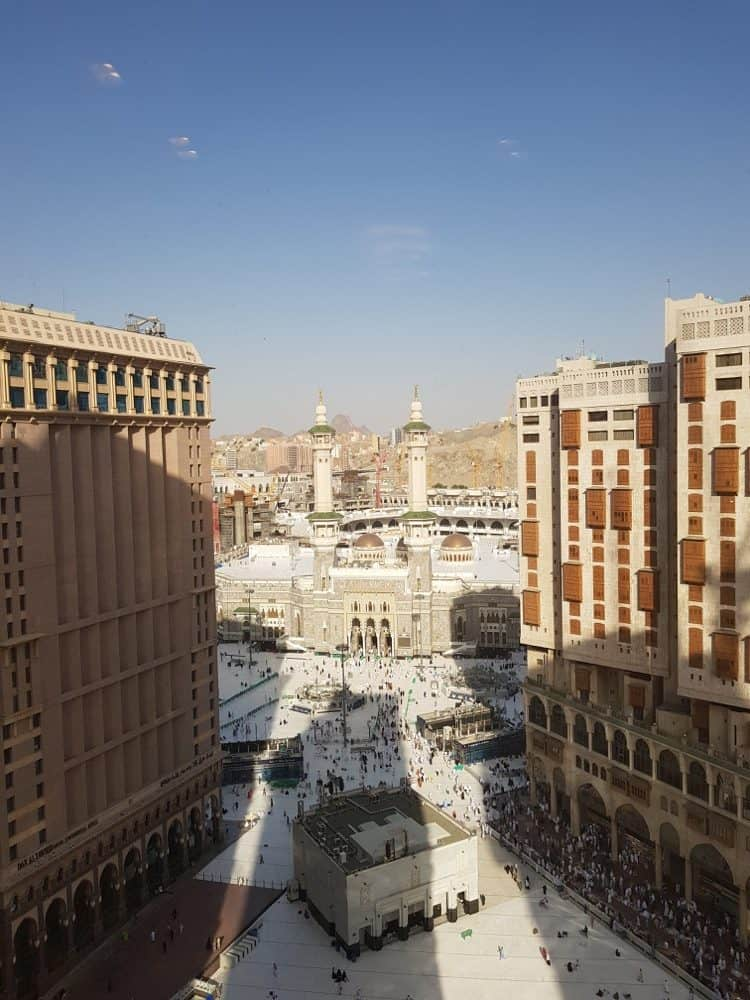The best time to book your Umrah 2resized