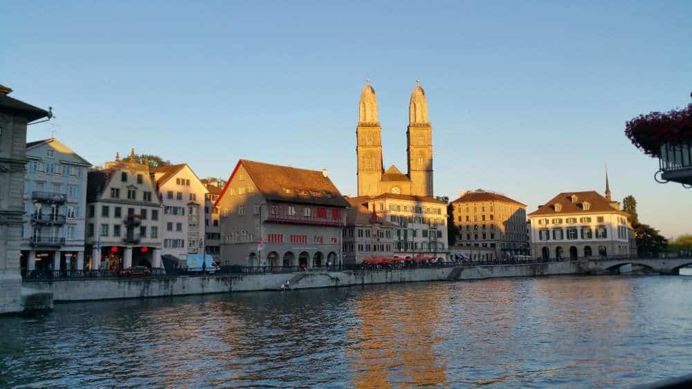 Muslim friendly Zurich, a city you must visit in Switzerland full of beauty and nice people. Definitely on a list as a muslim traveller to enjoy.