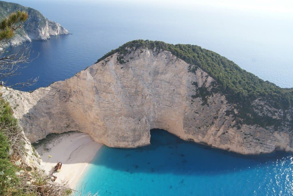 10 Beautiful Muslim Friendly Greek Islands You Must Visit