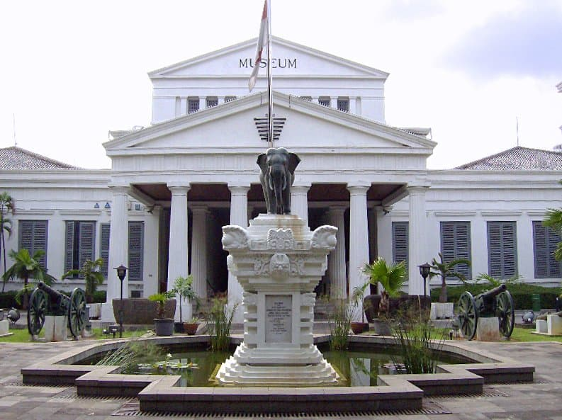 5 Exciting Must Do Things When Visiting Jakarta