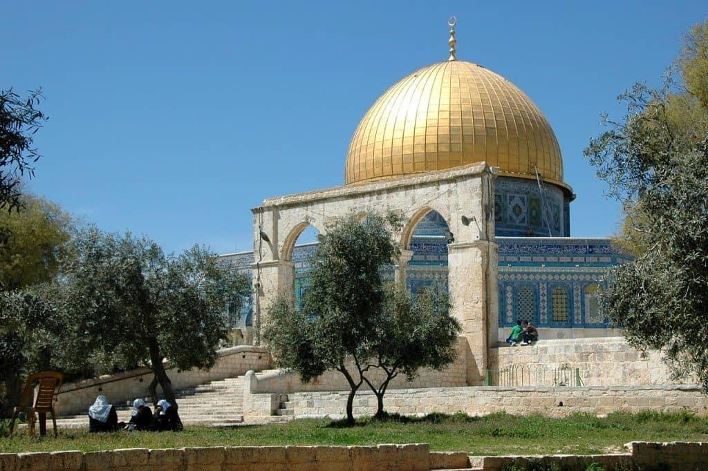 18 Destinations Every Muslim Millennial Should Visit Before 40