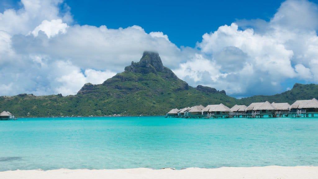 10 Reasons to visit Bora Bora