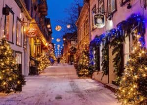Top 10 Beautifully Decorated Cities to Enjoy The Holiday Lights