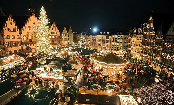 The Best Places To Spend Christmas, italy