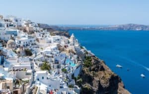 The Best Travel Itinerary for Your Greek Summer Holiday This Year
