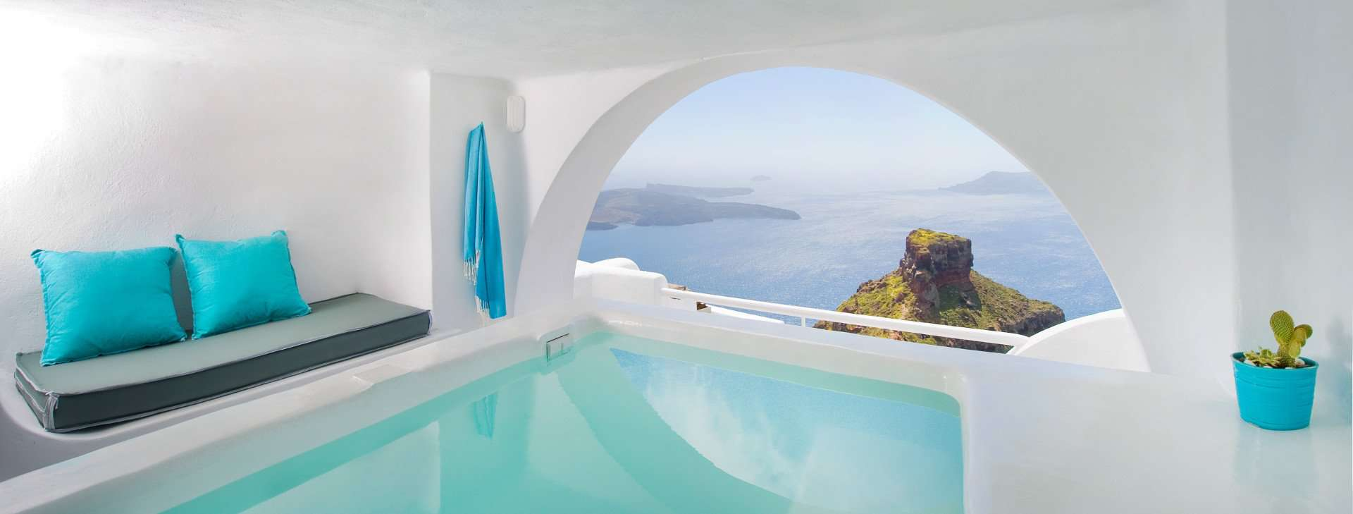 Rooms With Private Pools Santorini