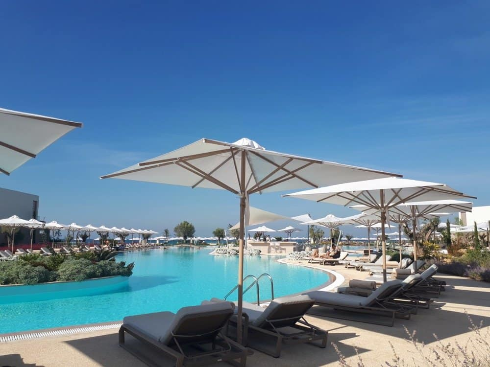 Review of my favourite resort, Sani Resort and the new Hotel