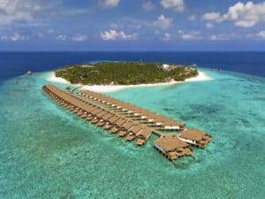 Two Perfect Luxury Destination Deals for Honeymoons without Breaking the Bank