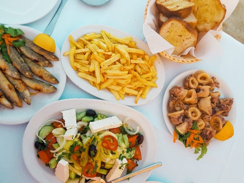 Halal Food options and Halal Hotels in Greece as a muslim friendly holiday