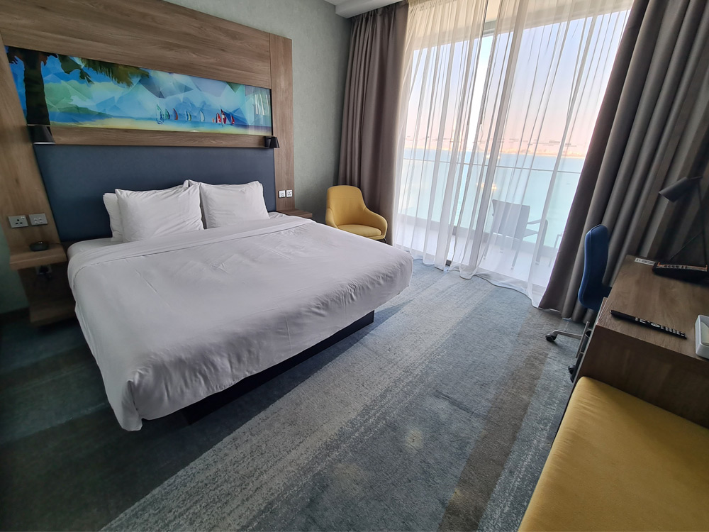 Aloft hotel Room
