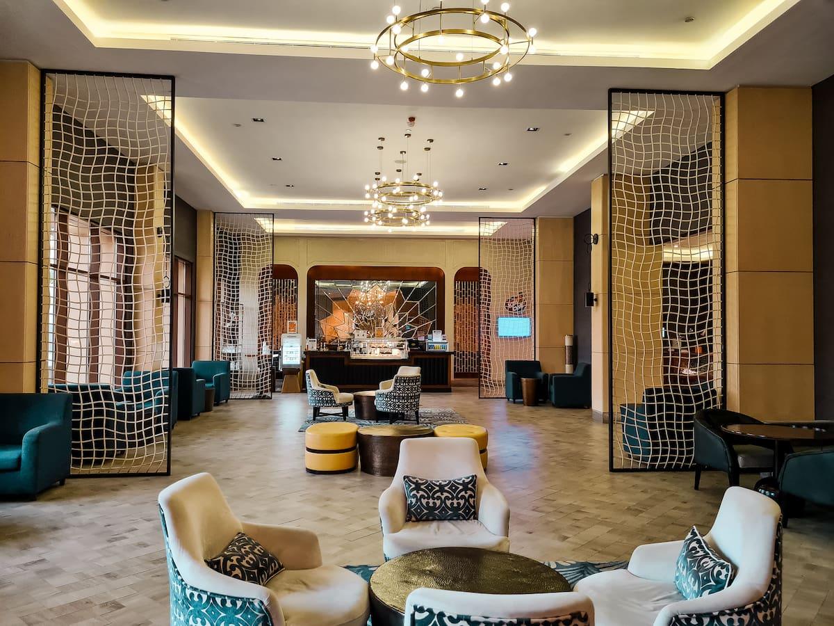 Hotel Review: Doubletree Hotel Ras Al Khaimah - the lobby